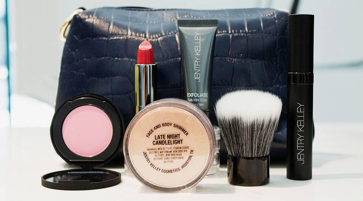 Jentry Kelly Cosmetics FashionMingle
