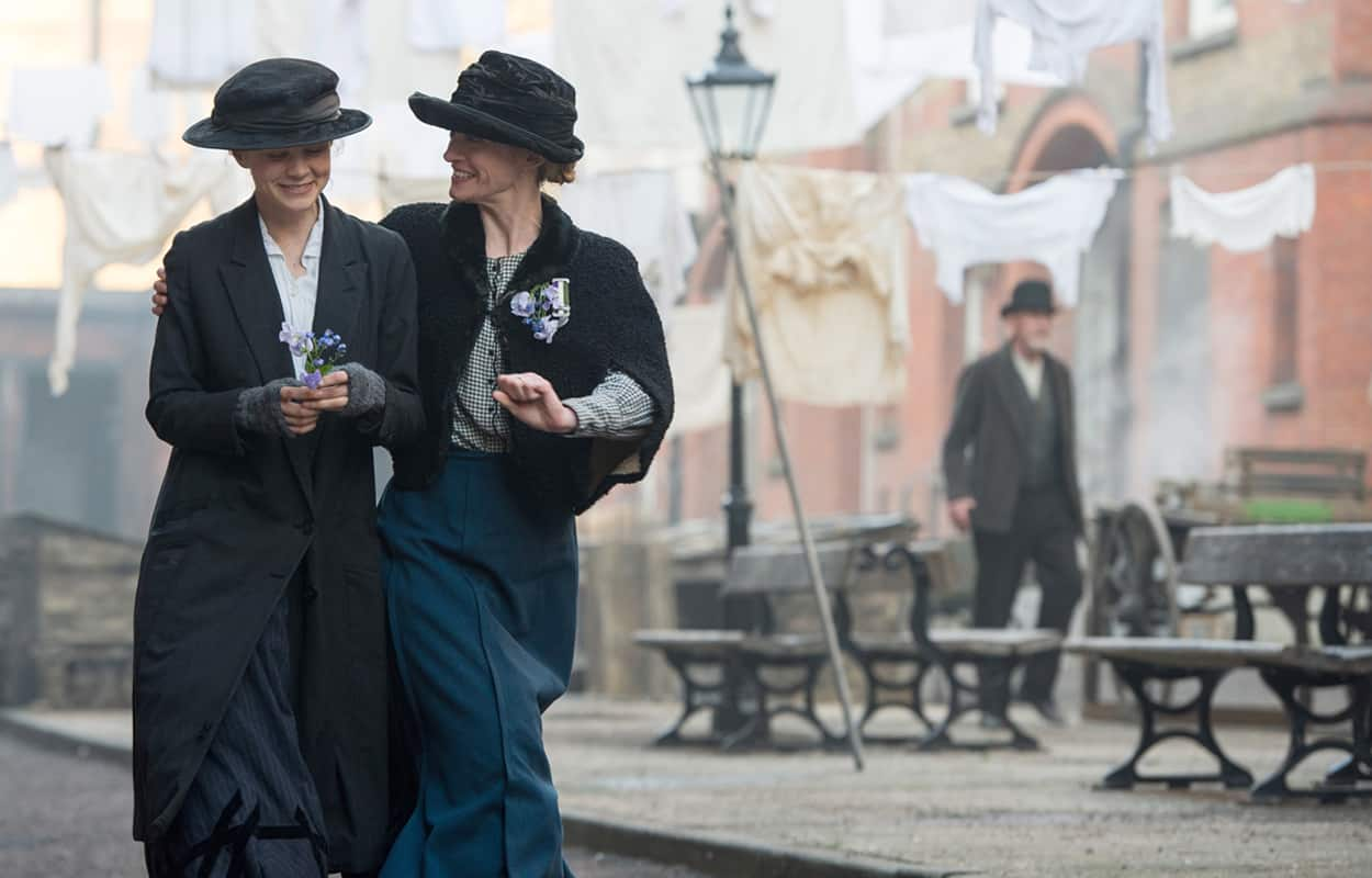 Carey Mulligan (left) stars as Maud Watts and Anne-Marie Duff (right) stars as Violet Miller in director Sarah Gavron's SUFFRAGETTE, a Focus Features release. Credit: Steffan Hill / Focus Features